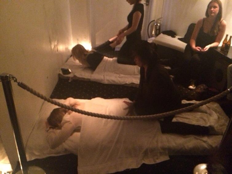 klubb massage ansikte sittande i Malmö