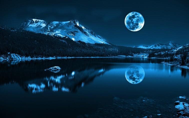 blue-moon-over-the-lake-wallpaper-53da98b35fa2f