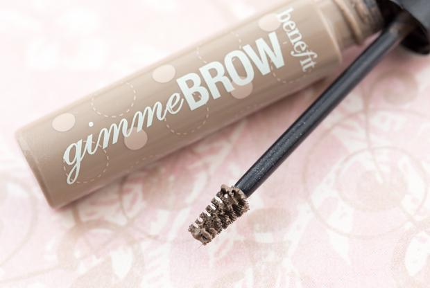 benefit-gimme-brow-blonde-wand-2_55ae3a4a2a6b226063b5e1b2