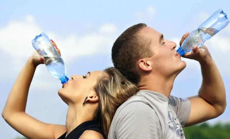 drinking-water-filter-singapore-1235578_1280