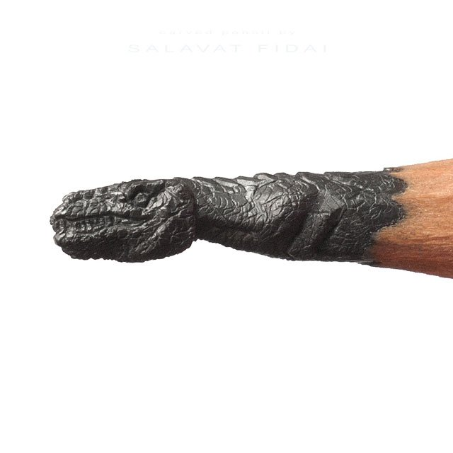 miniature-sculptures-carved-on-the-tips-of-pencils-by-salavat-fidai-11