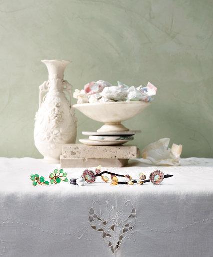 jewelry-slide-69C1-blog427