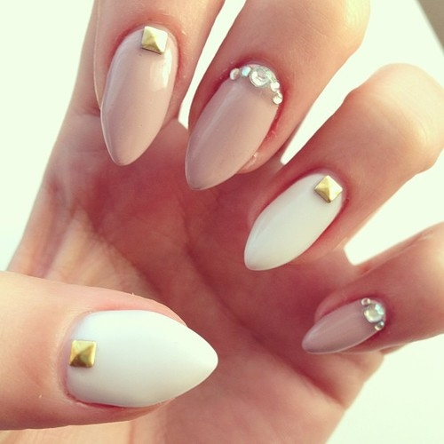 nail-art-trend-43-studded--large-msg-136658640728