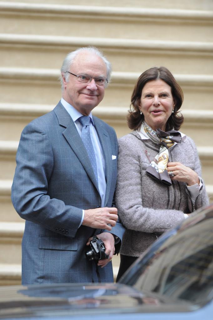 King Carl XVI Gustaf and Queen Silvia out to lunch in New York with their son-in-law Christopher ONeill