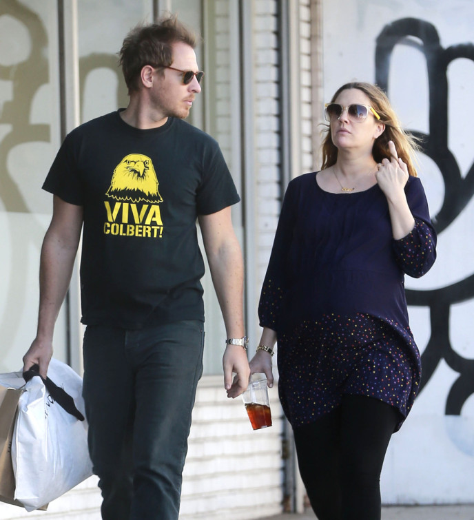 Exclusive Pregnant Drew Barrymore & Will Kopelman Shopping In West Hollywood