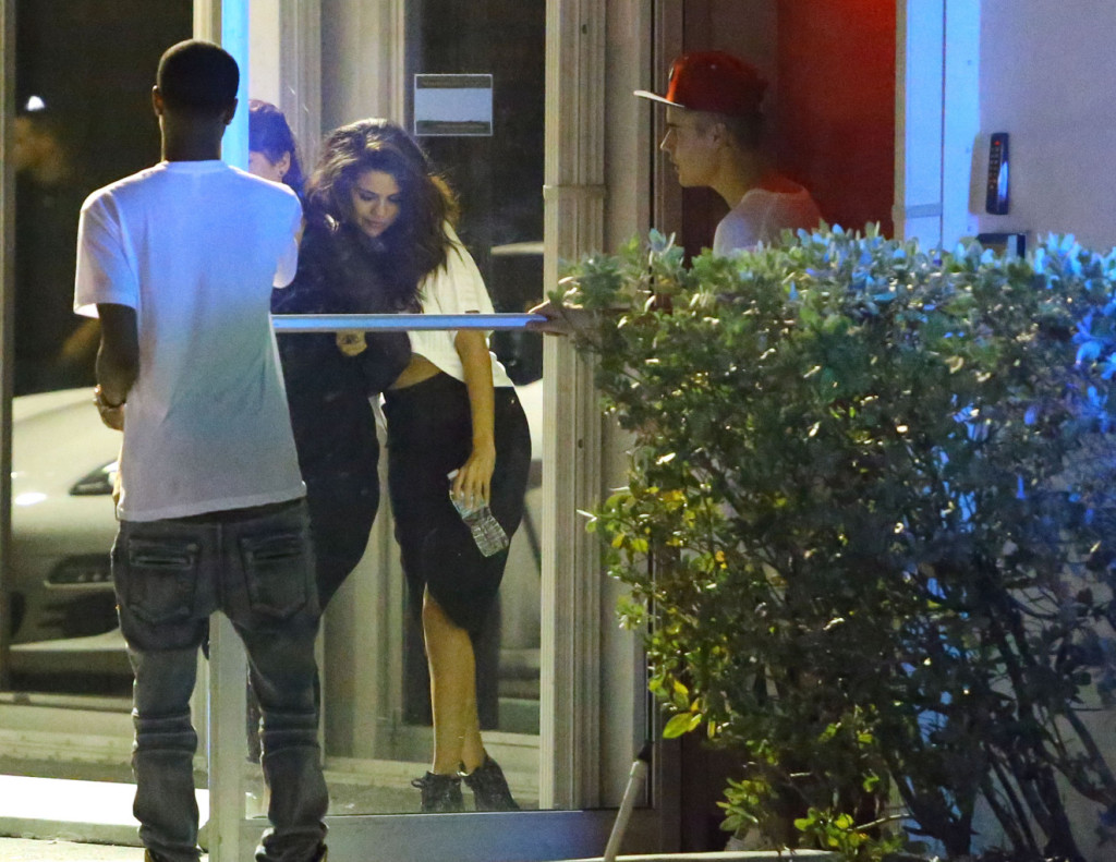 Justin Bieber & Selena Gomez Head To The Studio Together