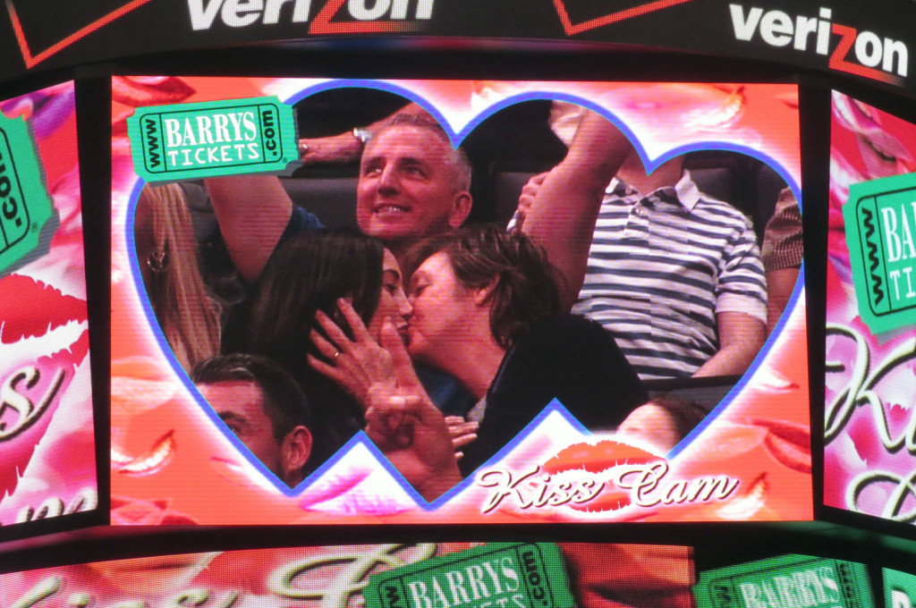 Paul McCartney & Nancy Shevell Share A Kiss At The Clippers Game