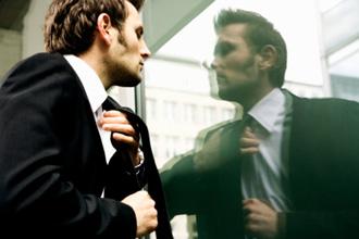 businessman_in_mirror