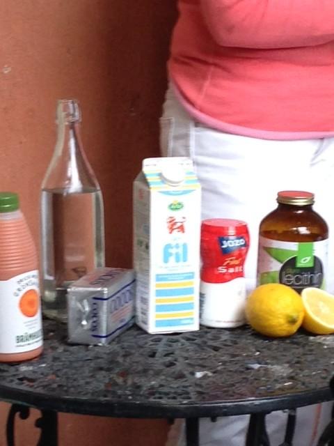 Dessa ingredienser är allt som behövs för att vispa ihop margarin.
