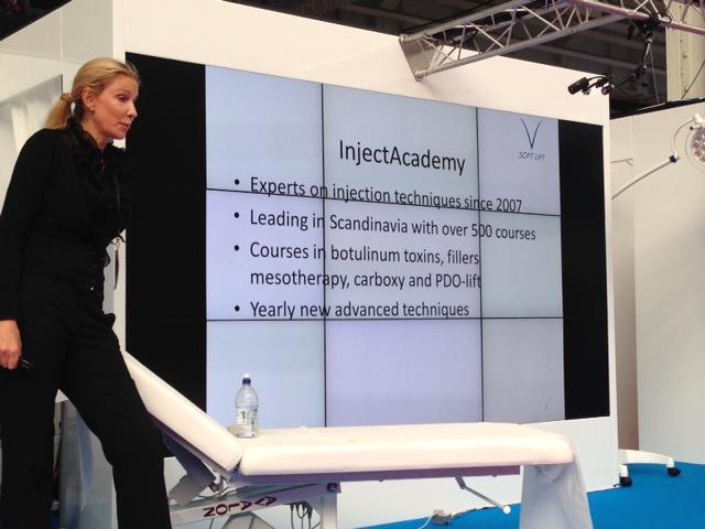 Jag höll en presentation på V SoftlIft och hade stor uppmärksamhet då detta är en ny behandlingsmetod.