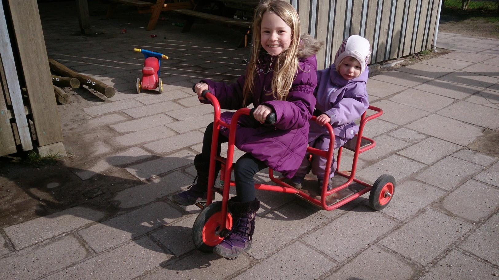 Liva showing true bike skills
