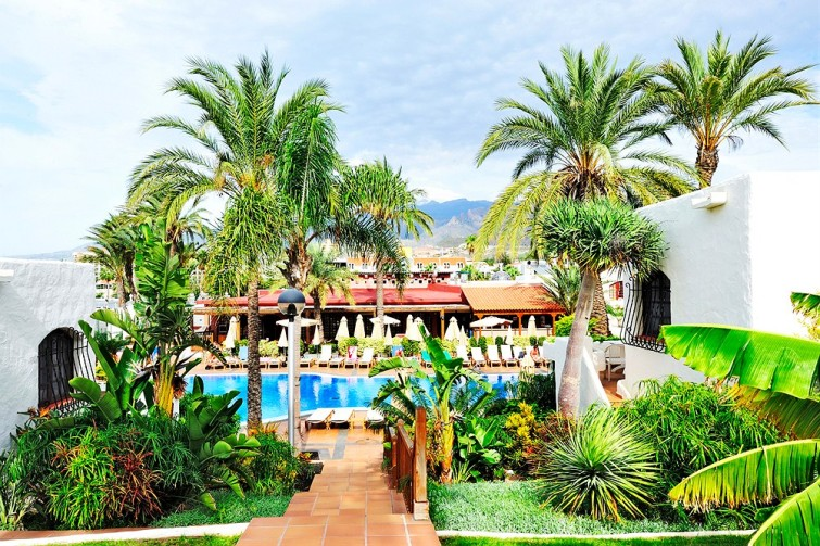 gallery_spain-tenerife-playa-de-las-americas-parque-cristobal__0208756_1412040137