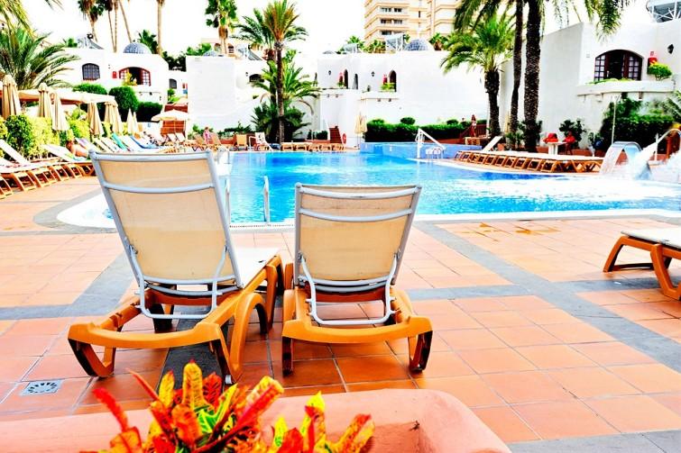 gallery_spain-tenerife-playa-de-las-americas-parque-cristobal__0208764_1412040137